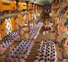 Cao Dai Temple Midday Service, Tay Ninh, Vietnam by Bev Pascoe