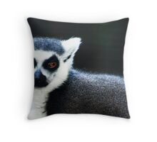 king julian Throw Pillow