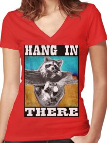 Hang In There Women's Fitted V-Neck T-Shirt