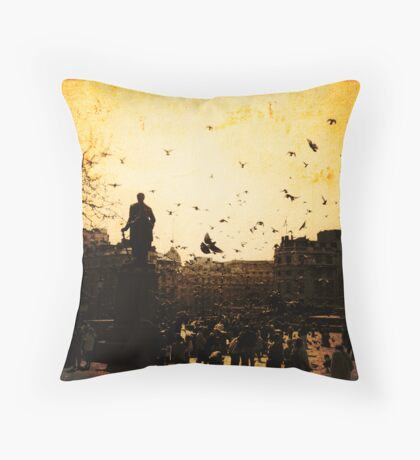 Pigeons take flight in Trafalgar Square Throw Pillow