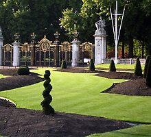 Geometric gardening by zsaleeba