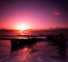 SS Dicky at sunrise by carlwindus