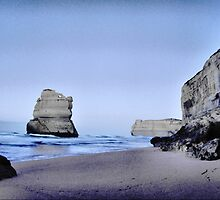 12 Apostles from Gibson's Steps by Eyal Geiger
