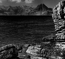 Round stone of Elgol by Blackgull