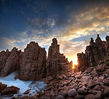 Sunburst at Pinnacles by Annette Blattman