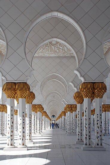 Sheikh Zayed Mosque, Abu Dhabi by AravindTeki