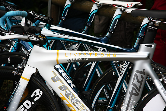 Livestrong bike by Elena Martinello