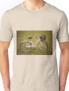 Pink Pedal Challenge 2015 - Support Jo and Ginny - bike in grass Unisex T-Shirt