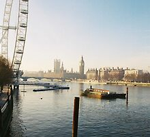 London Winters Morning by BCB67