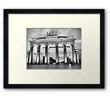 Brandenburger Tor Framed Print