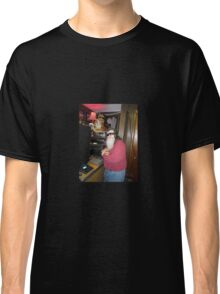 worm in the studio Classic T-Shirt