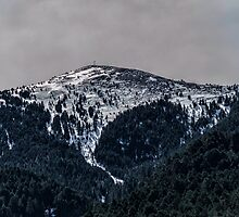 MOUNTAIN LANDSCAPE by juliengeorges