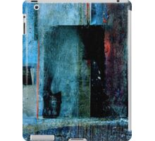 THE FACE BEHIND THE MIRROR iPad Case/Skin