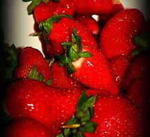 Sweet Red Berries by Lisa Taylor