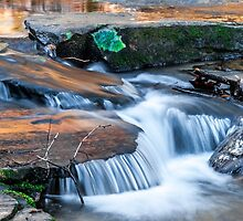 Cascading water down the Carreck Creek by MPRPhoto