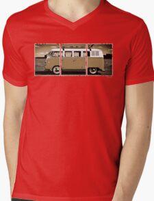 Volkswagen Kombi Classic © Mens V-Neck T-Shirt