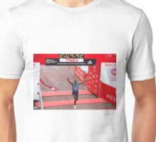 Eliud Kipchoge (KEN) Elite male winner of the Virgin money London Marathon Unisex T-Shirt
