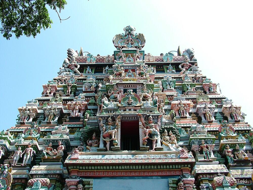 Sri Meenakshi Amman Temple, India by AravindTeki