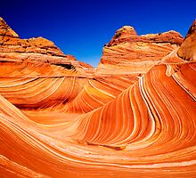 The Wave (Traditional Shot) of Coyote Buttes by julayneluu