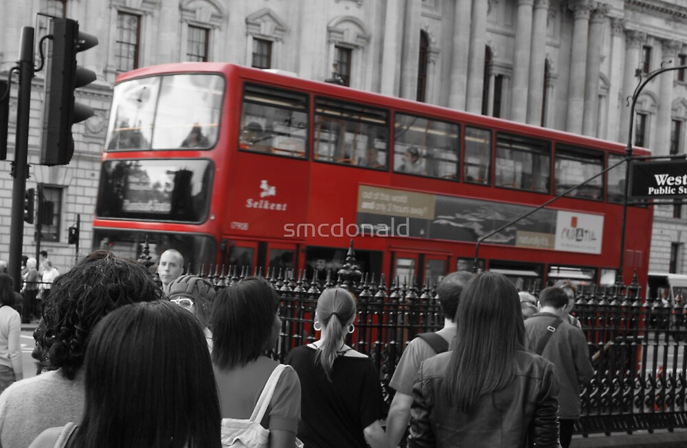 Red Bus by smcdonald