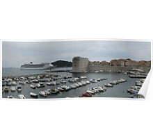 cruise ship leaves dubrovnik Poster