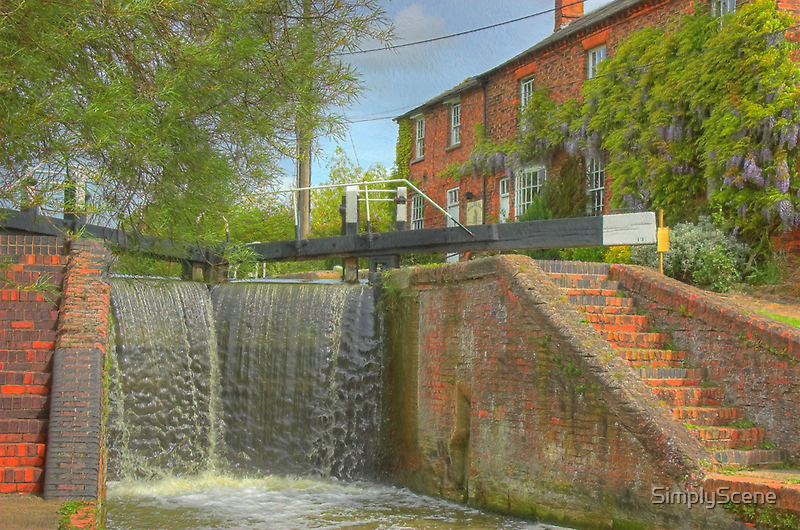 Cottage at Whilton Locks by SimplyScene
