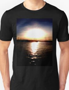 Silhouette Sunset Unisex T-Shirt