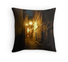 Cobble stoned italian by night Throw Pillow