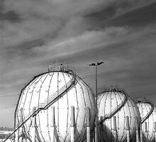Gas tanks by Rafa  Fernandez Torres