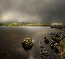 Llyn Cregennen - Wales by eddiej