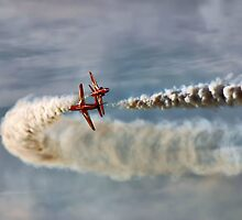 Red Arrows 2  by ztamphotography