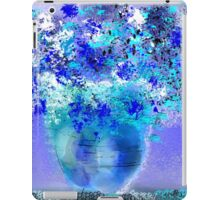 Fresh Flowers in Blue and White iPad Case/Skin