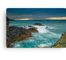 Port Gaverne Outcrop Canvas Print