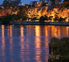kangaroo point cliffs @ night by ncmattson