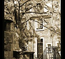 Ramsay Gardens, Edinburgh by Gordon Christie