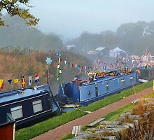 Sunday Morning At The Narrow Boat Festival by relayer51