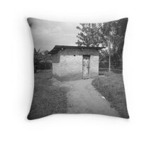 lonesome abode Throw Pillow