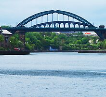Wearmouth Bridge by Peter Reid