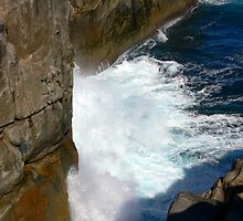 The Gap - Albany, Western Australia by Sandra Chung