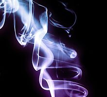 Smokin... by Nathalie Chaput
