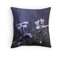 March Dasies Throw Pillow