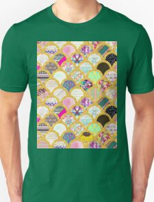 Modern Scallop Pattern Trendy Girly Gold Glitter Unisex T-Shirt