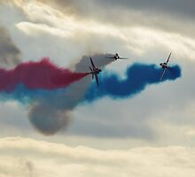 red arrows at biggin hill 2014 by BILLBARNES