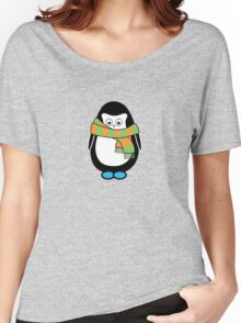 Hugo wearing a scarf Women's Relaxed Fit T-Shirt