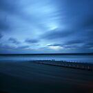 North Narrabeen Pool - High tide by Tatiana R
