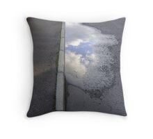 cloud puddle Throw Pillow