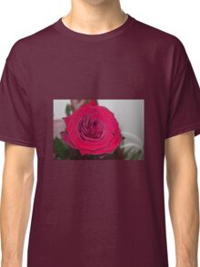 Big red rose Classic T-Shirt