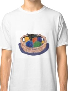 Kitten in Yarn Basket Classic T-Shirt