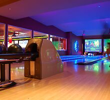 Bowling Chicago Style by Greg Nairn