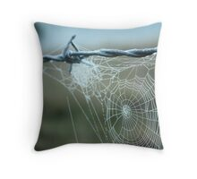 early morning droplets Throw Pillow